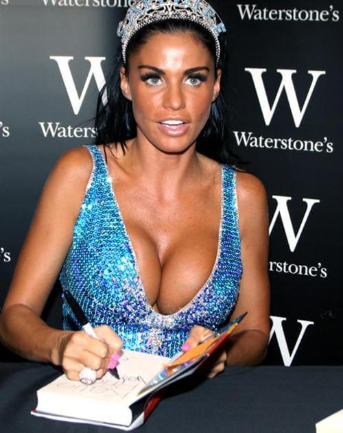 Katie Price hot busty pic (2)