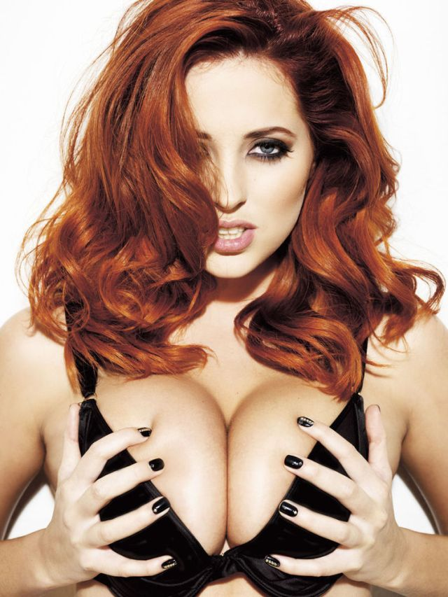 Lucy Collett Sexy Big Boobs Pictures