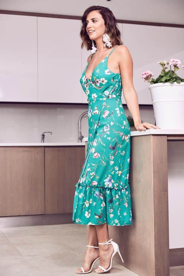 Lucy Mecklenburgh hot photo (2)