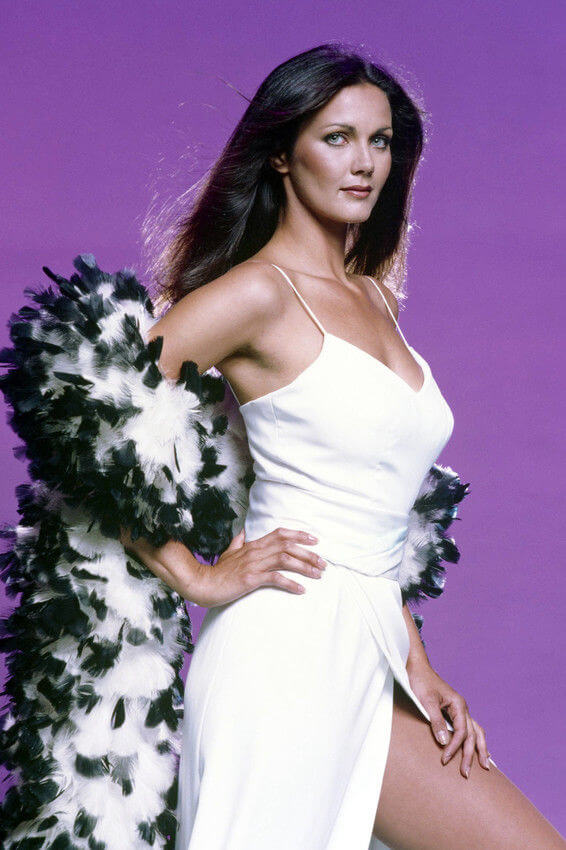 Lynda Carter awesome picture (2)