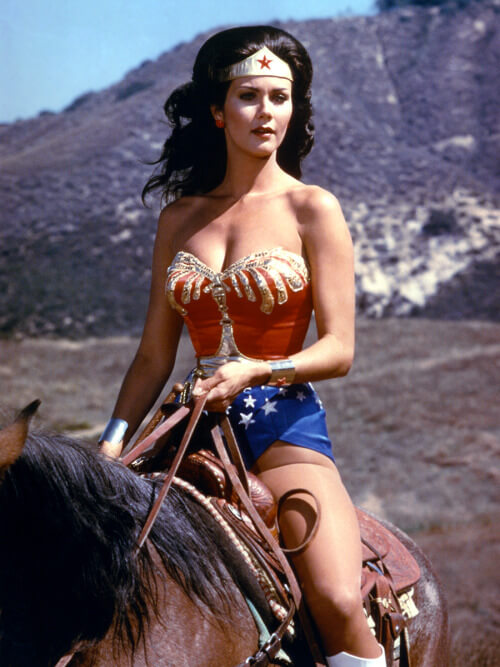 Lynda Carter hot bikini picture