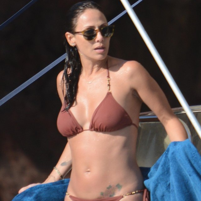 Natalie Imbruglia sexy clevage