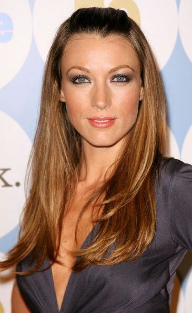 Natalie Zea sexy cleavages