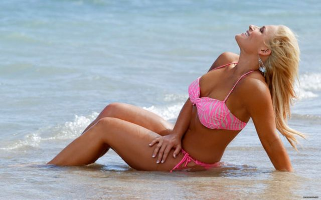 Natalya Sexy Boobs Pictures in Pink Bikini