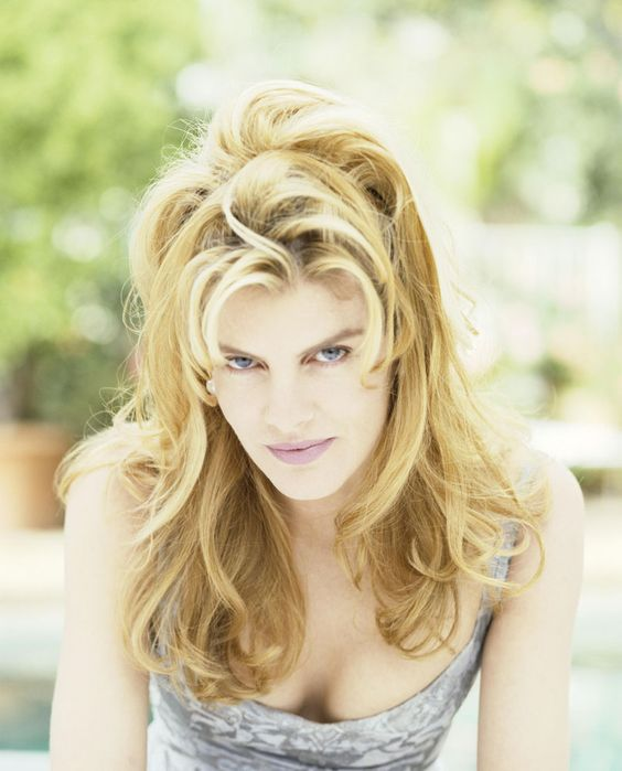 Rene Russo hot and sexy