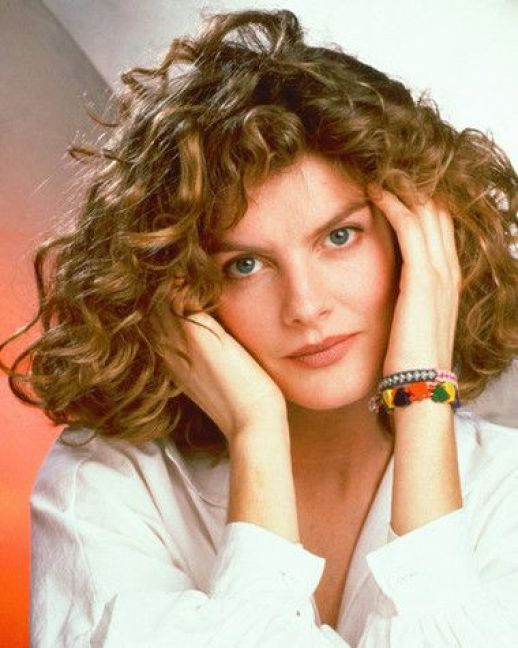 Rene Russo hot lady photo