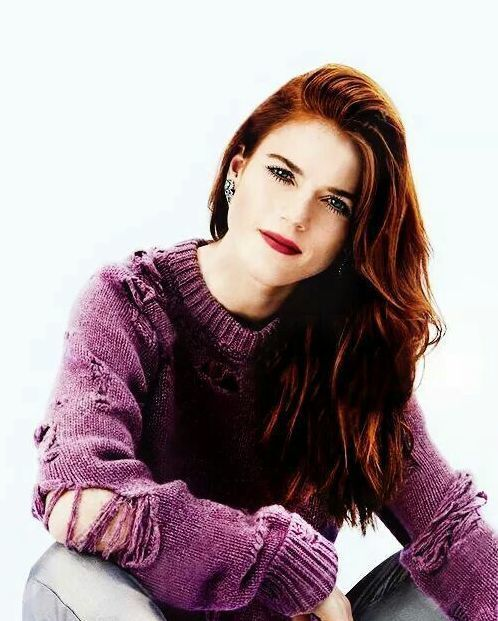 Rose Leslie very hot picture