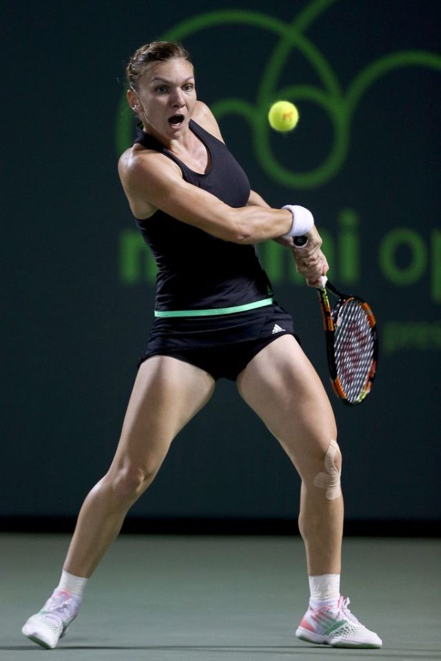 Simona Halep thigh hot pictures
