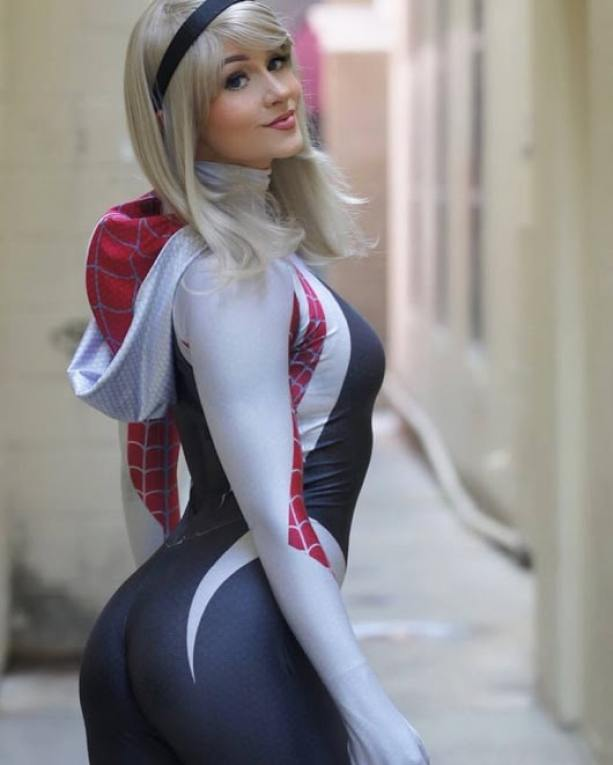 Spider Gwen ass sexy pictures