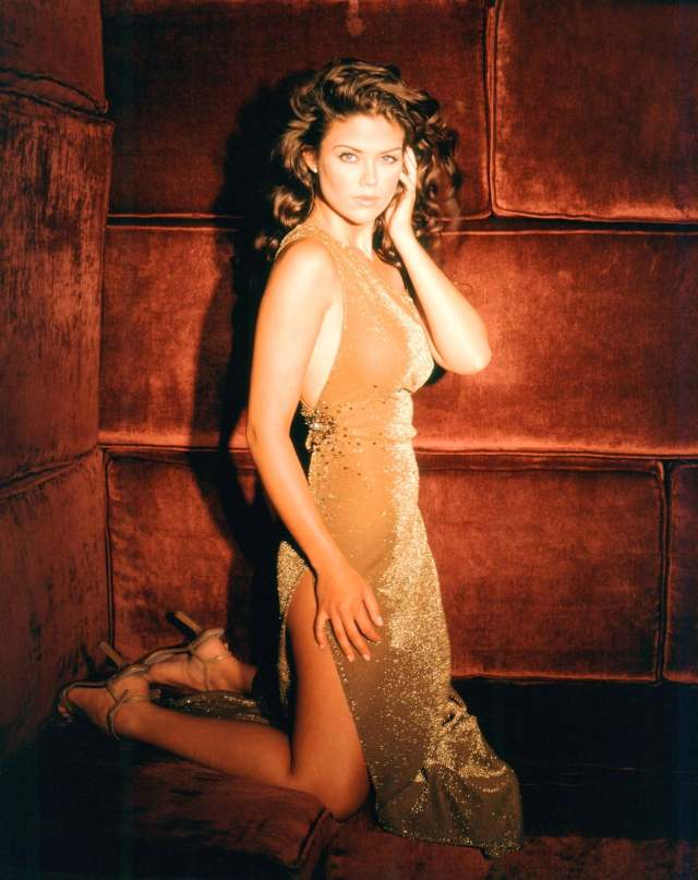Susan Ward hot look picture