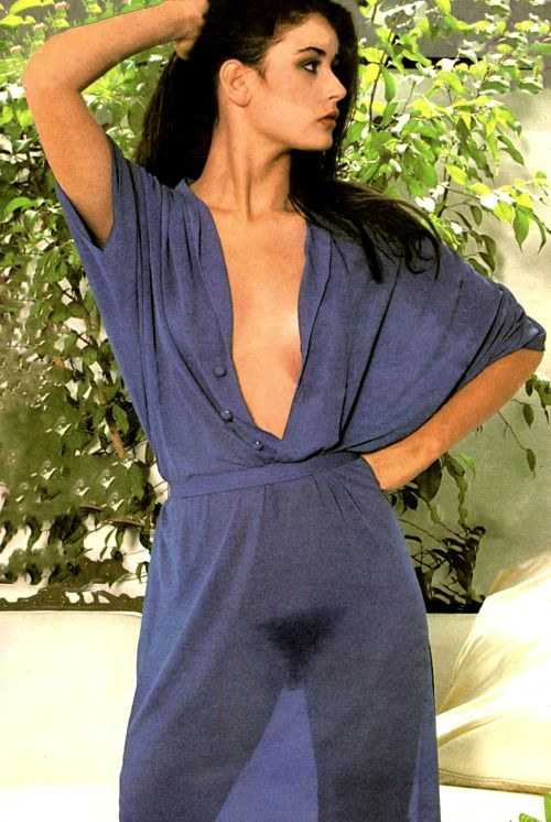 demi_moore_cleavages awesome