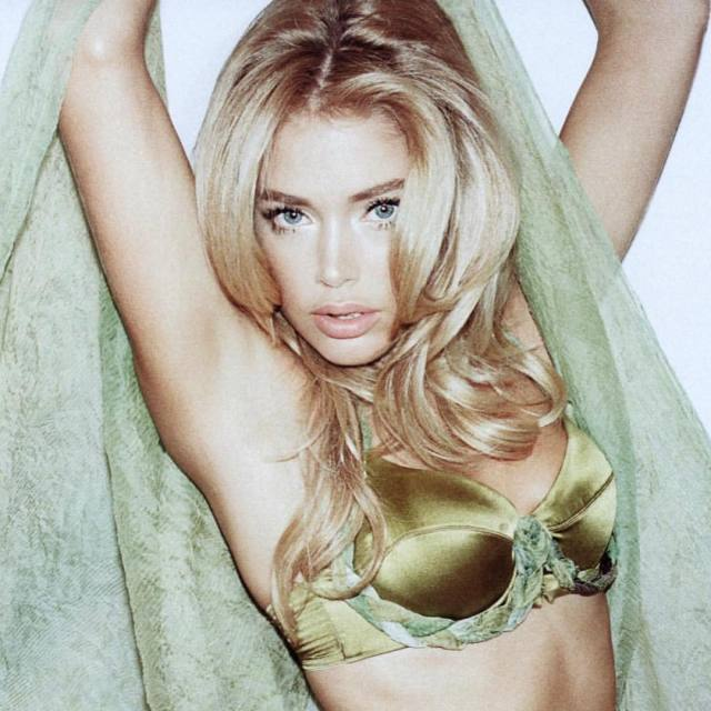 doutzen kroes bikini photo
