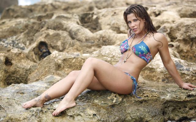 mickie james hot pica
