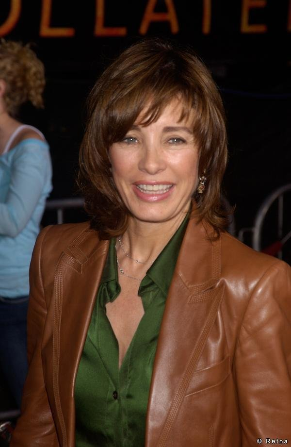 Anne Archer sexy lady picture