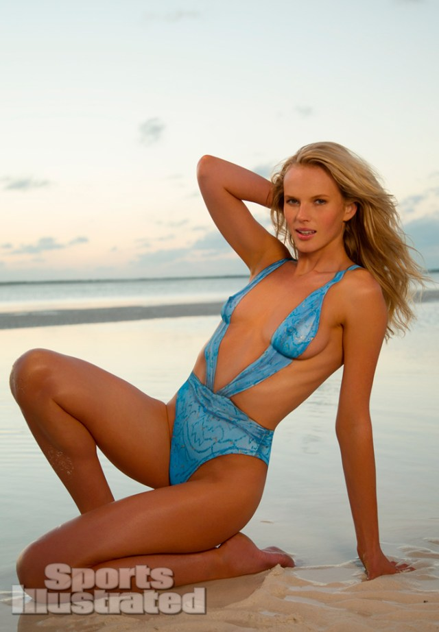 Anne Vyalitsyna damm hot picture