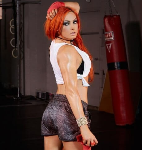 Becky-Lynch-Hot-Photos-and-Pictures