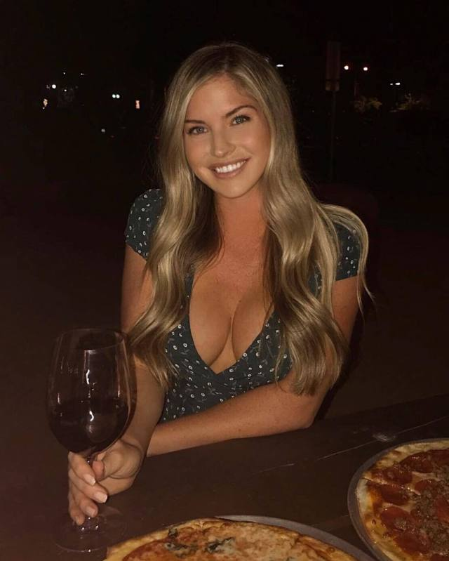 Carly Lauren sexy cleavages