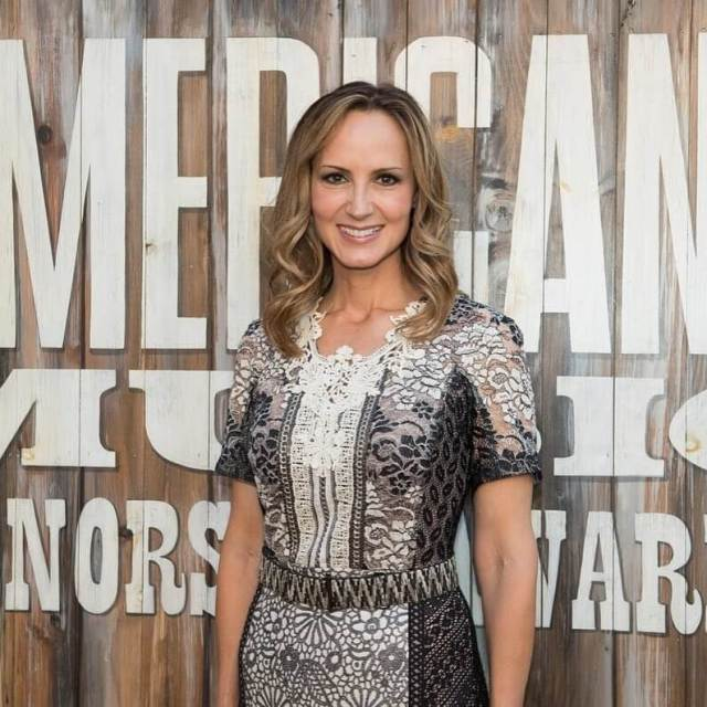 Chely Wright hot pic (2)