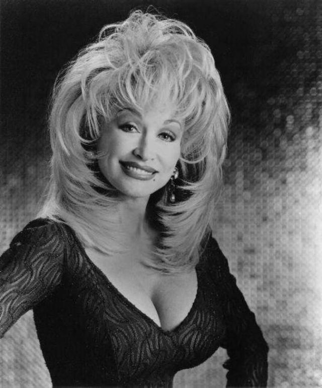 Dolly Parton Sexy Boobs Pictures on Beautifull Dress