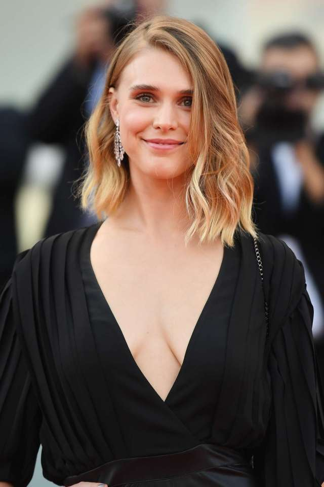 Gaia Weiss very sexy pic