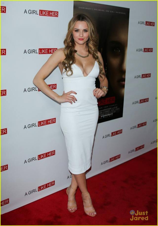 Hunter King very sexy picture