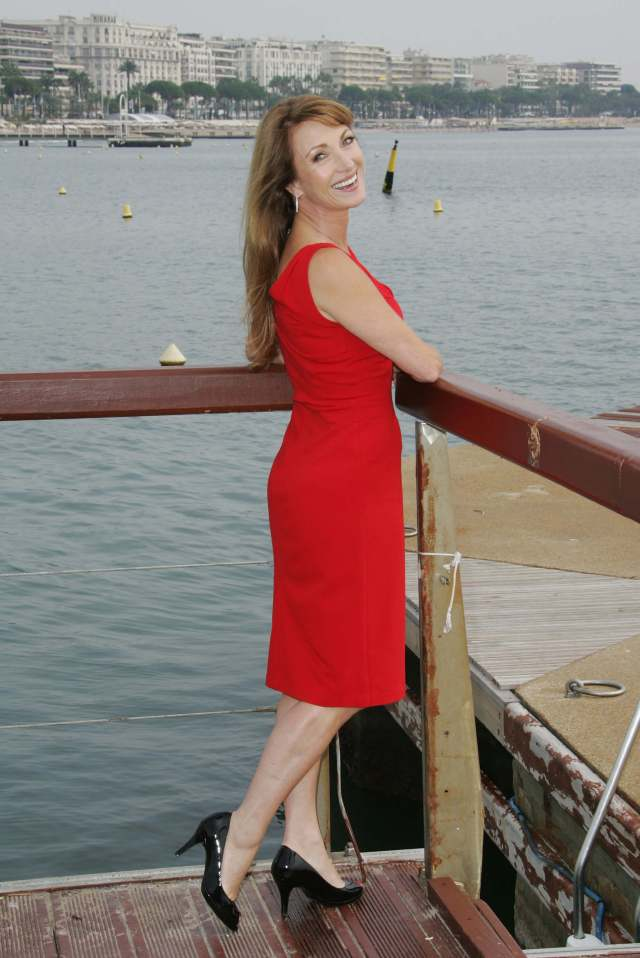 Jane Seymour sexy picture (3)