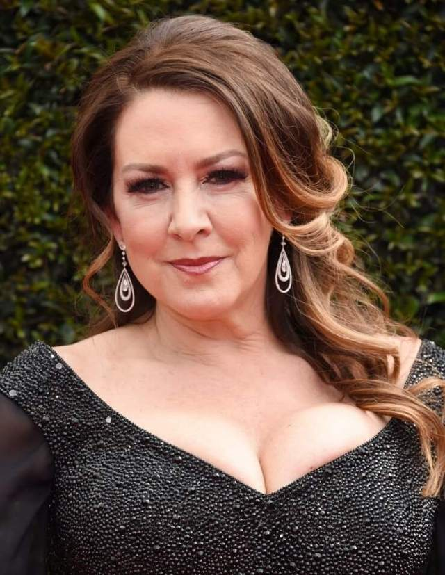 Joely Fisher beautiful (2)