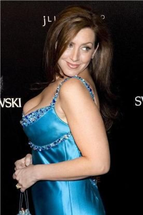 Joely Fisher sexy pic (2)
