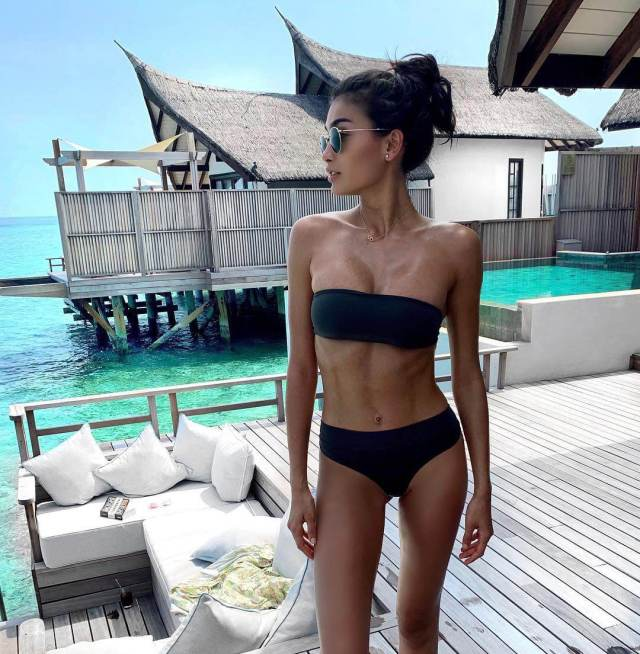 Kelly Gale awesome
