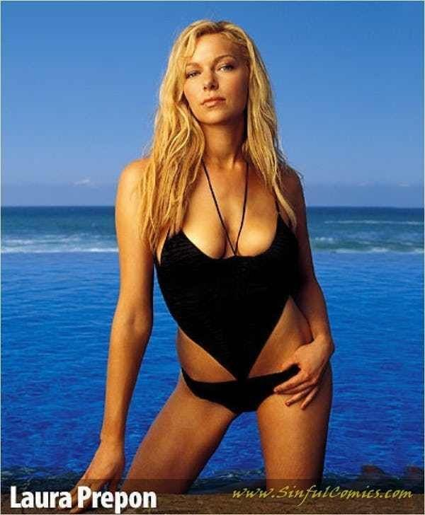 Laura Prepon Sexy Boobs Pictures
