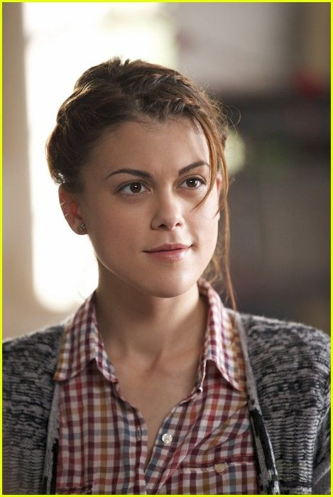 Lindsey Shaw damm hot picture