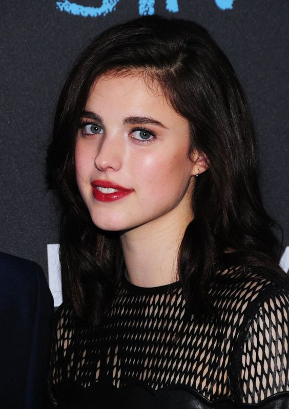 Margaret Qualley sexy photo