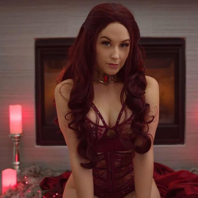 Meg Turney hot busty picture