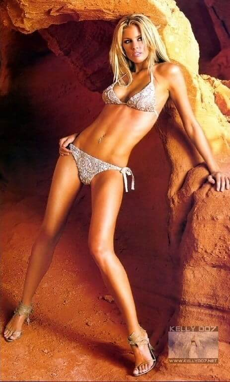 Paige Butcher legs awesome