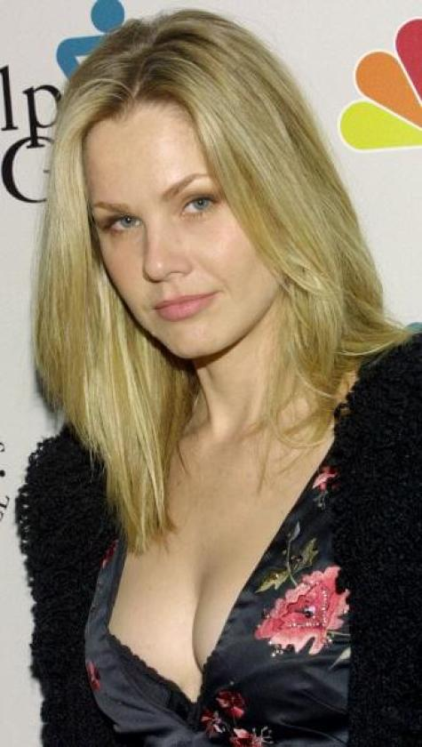 andrea roth cleavage pictures