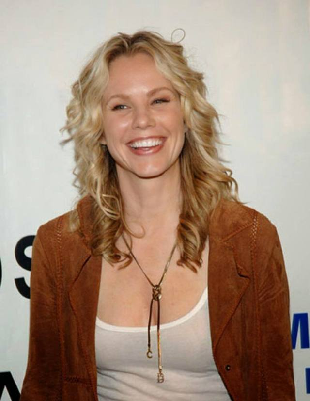 andrea roth hot smile