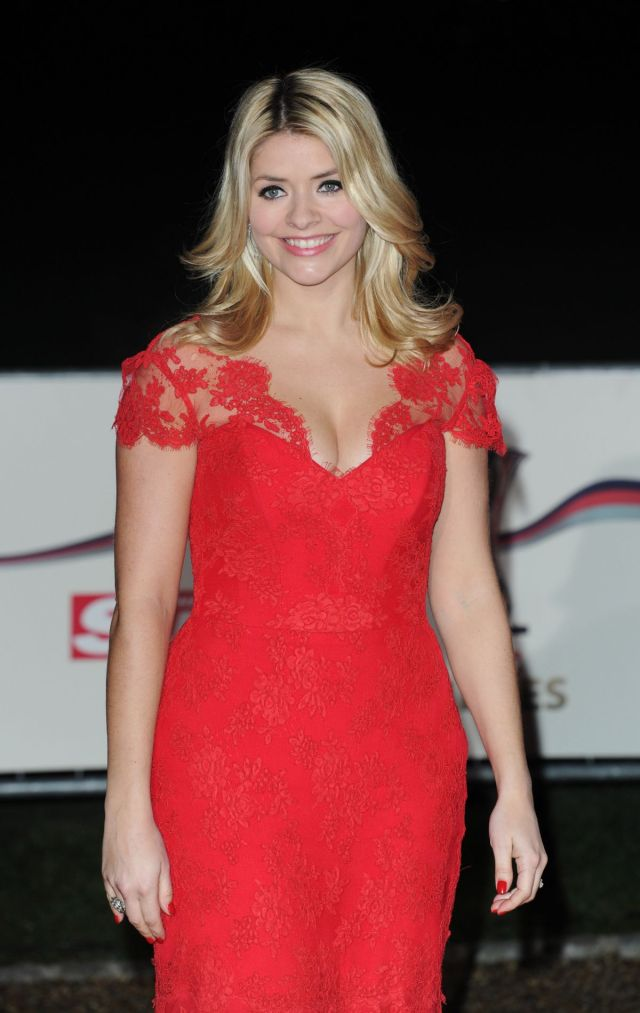 holly Willoughby too sexy