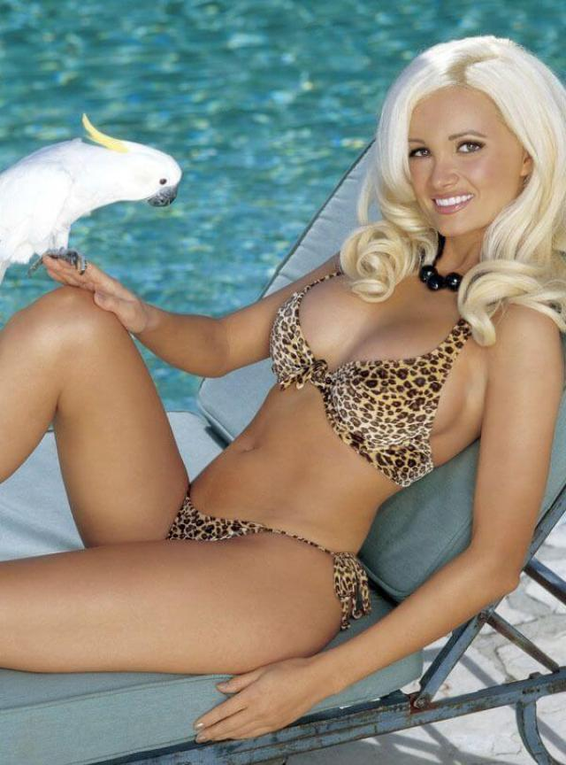 holly madison hot thighs