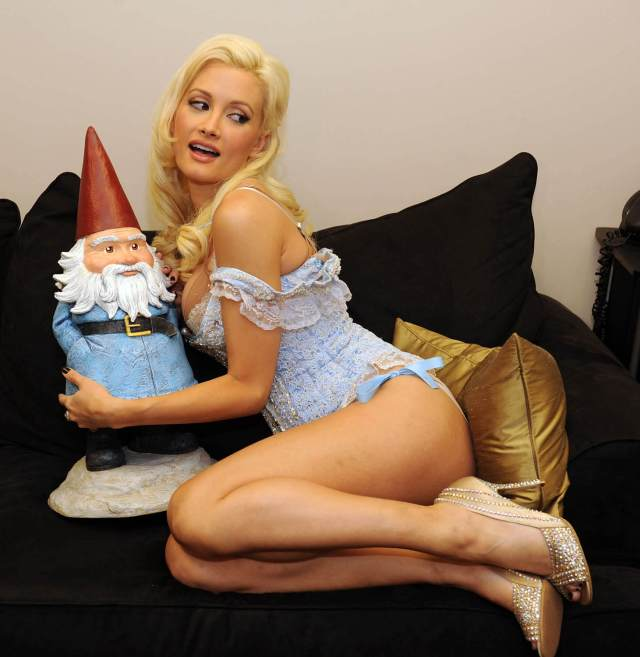 holly madison sexy thighs