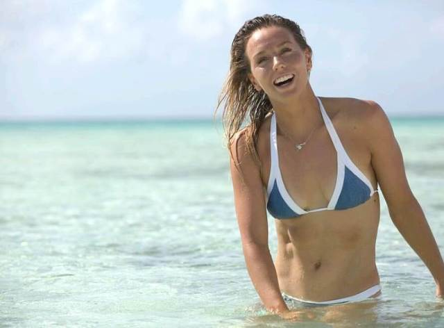 sally fitzgibbons swimsuit pics