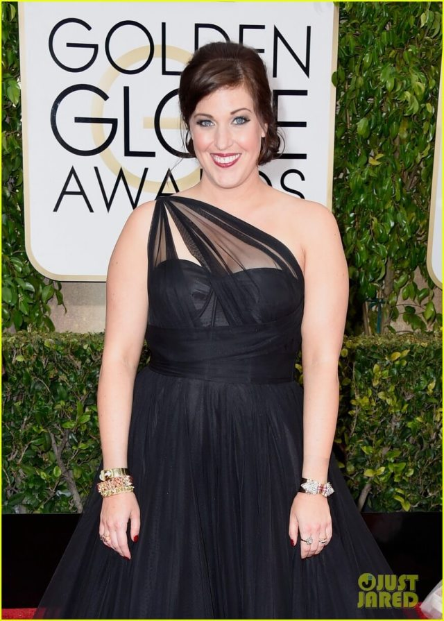 Allison Tolman hot cleavages