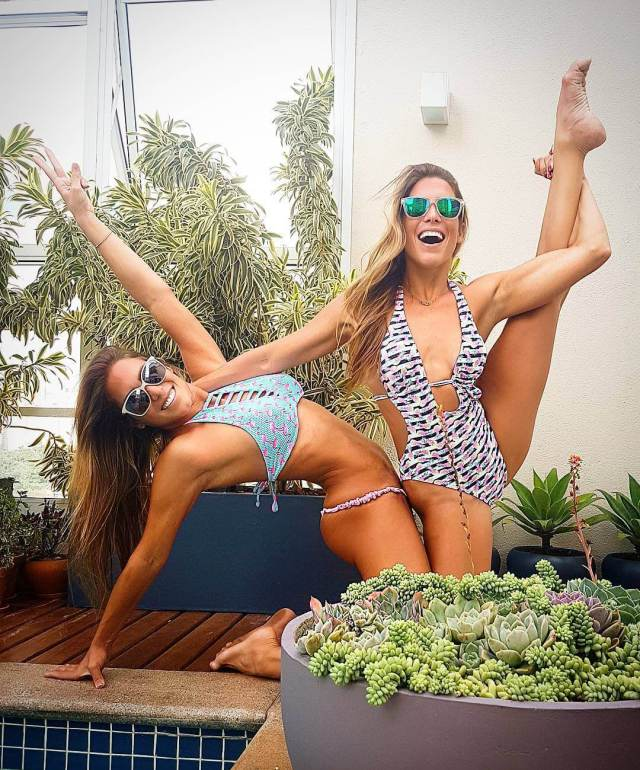 Bia & Branca Feres awesome pic