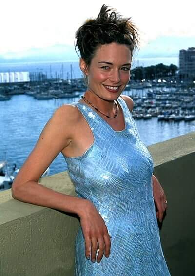 Catherine McCormack hot side pictures
