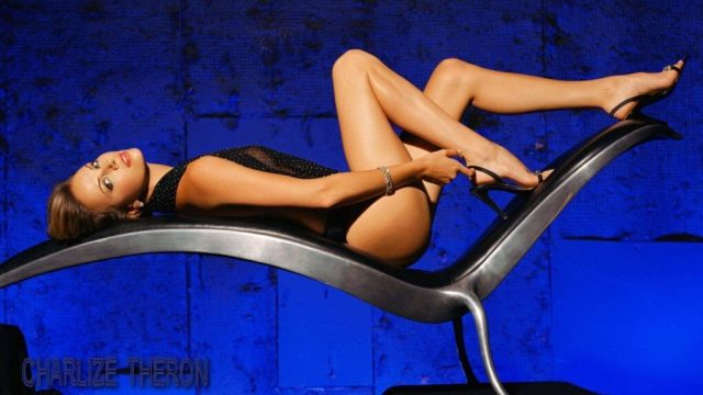 Charlize Theron hot legs photo