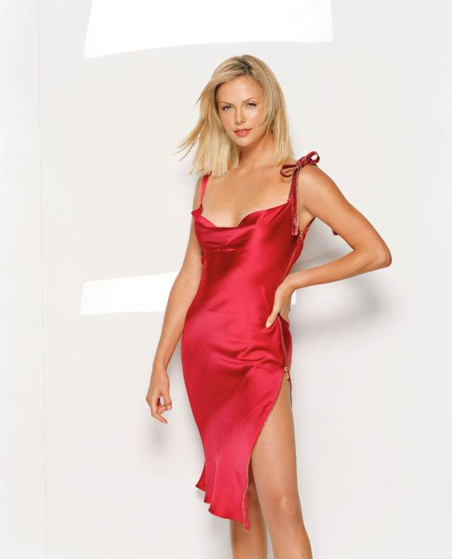 Charlize Theron sexy red dress