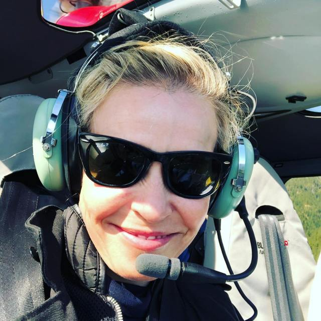 Chelsea Handler Hot in Headphone