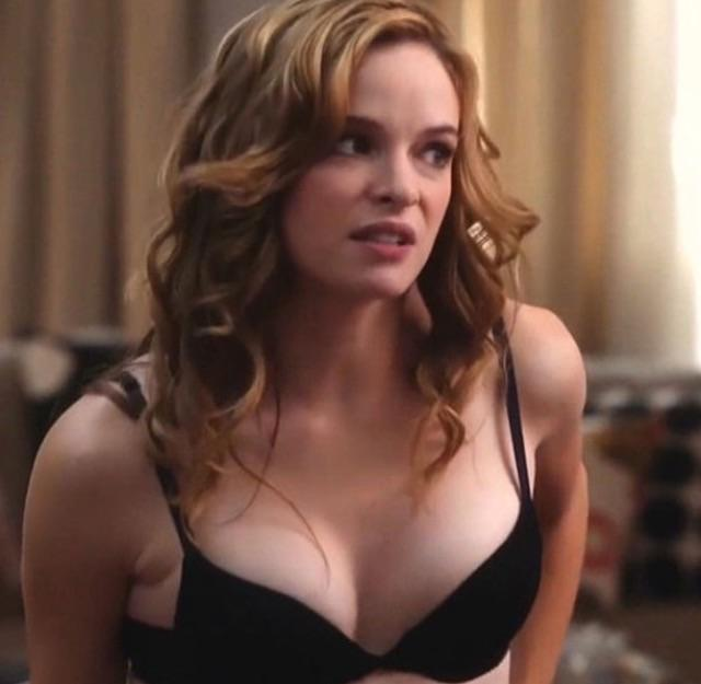 Danielle Panabaker awesome cleavage