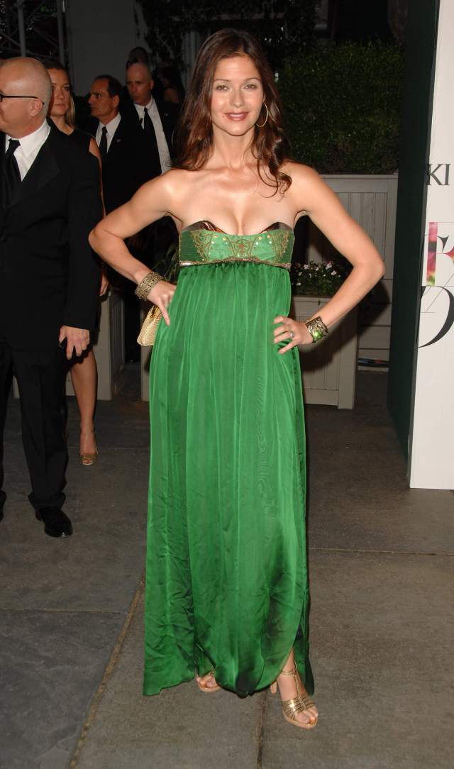 Jill Hennessy awesome green dress