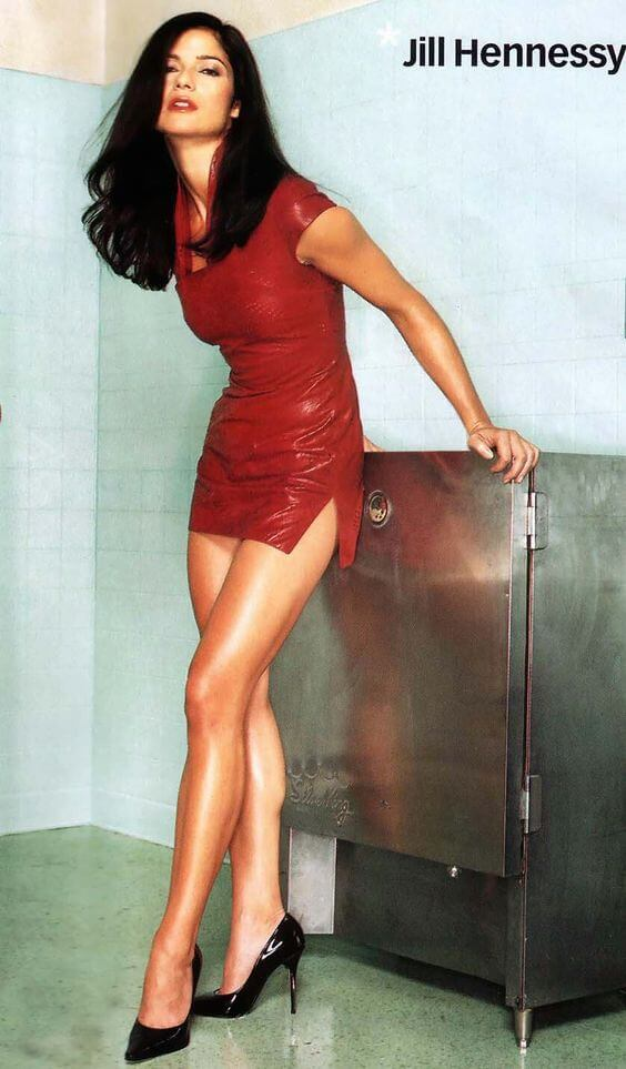 Jill Hennessy awesome legs pic