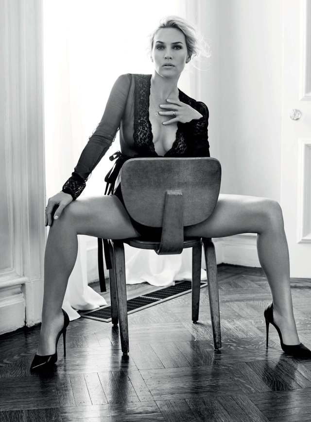 Kate-Winslet-legs-sexy
